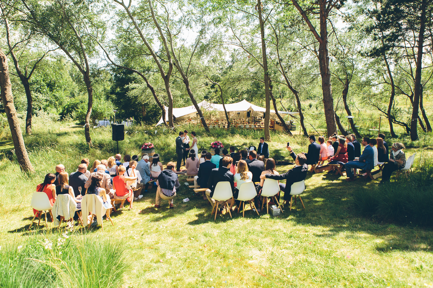 ceremonie in de duinen