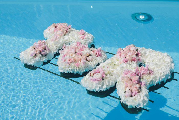 huwelijk eventhouse ichtegem renato neto bloemen zwembard letters