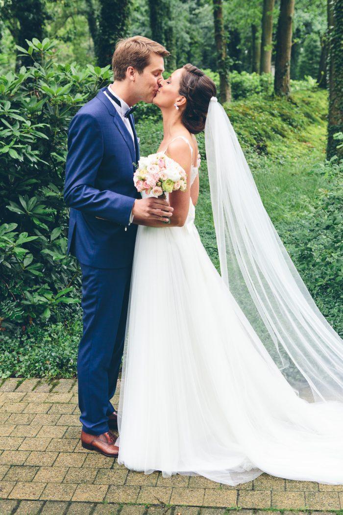 huwelijk limburg labutteauxbois lanaken trouw kus